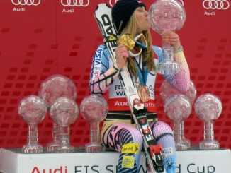 Lindsey Vonn wins Solden GS
